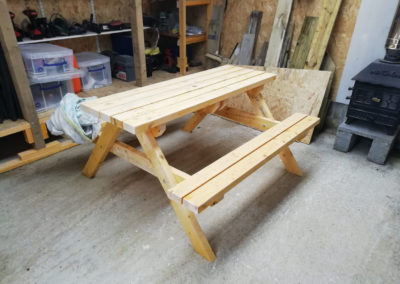 projects-men-shed-bench
